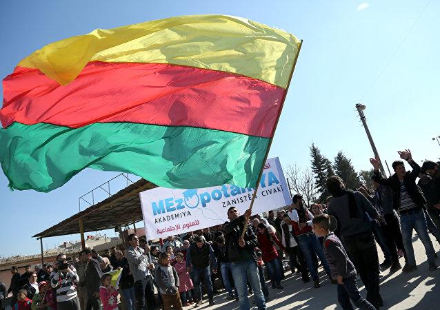 Bandiera del Kurdistan siriano