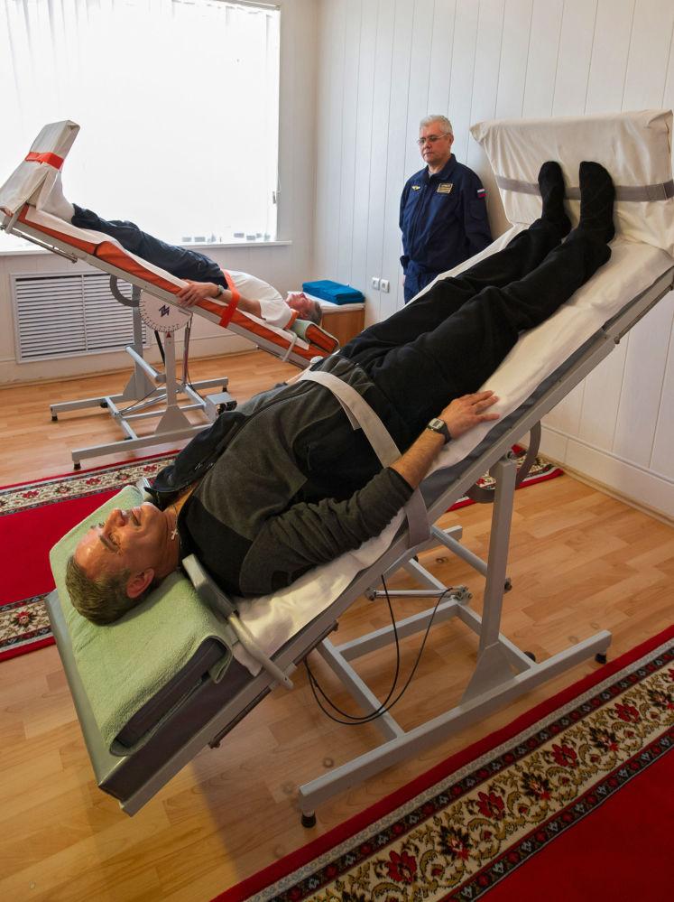 L'allenamento dell'equipaggio principale di ISS-Spedizione 43/44 a Baikonur