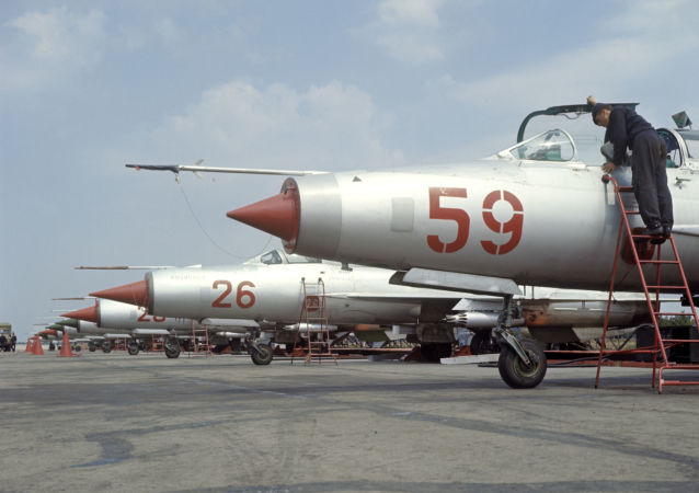 I caccia MiG-21 all'aerodromo