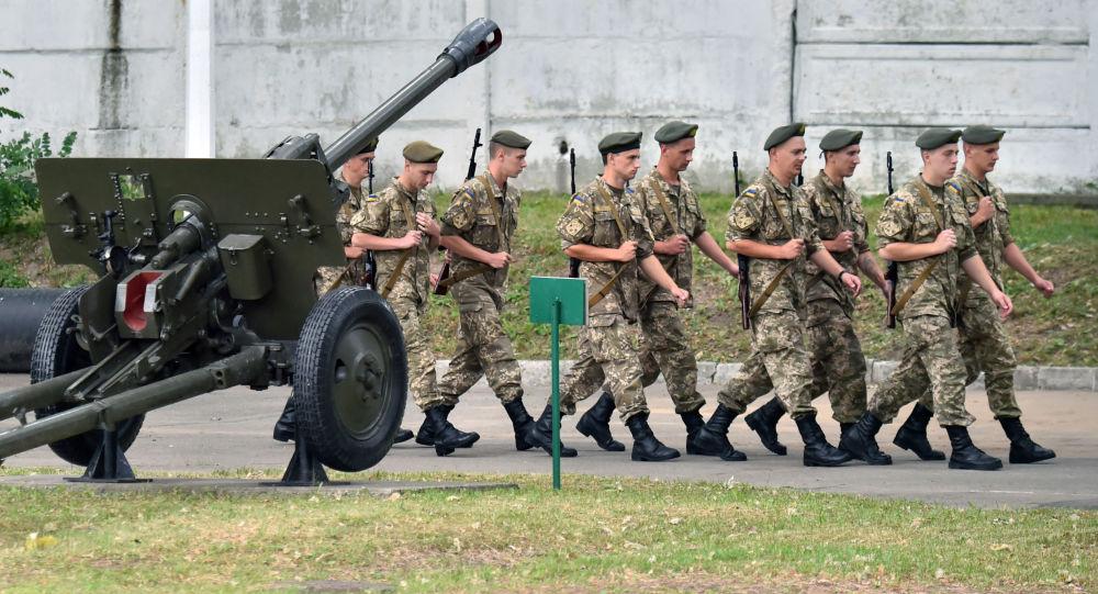 Soldati ucraini a Kiev