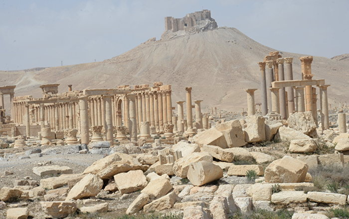 Siria video dimostra che l isis sta distruggendo altri for Monumenti mondiali