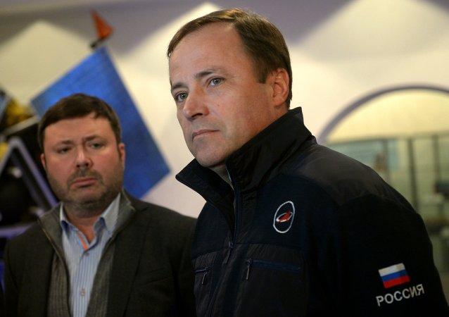 Il capo del Roscosmos Igor Komarov