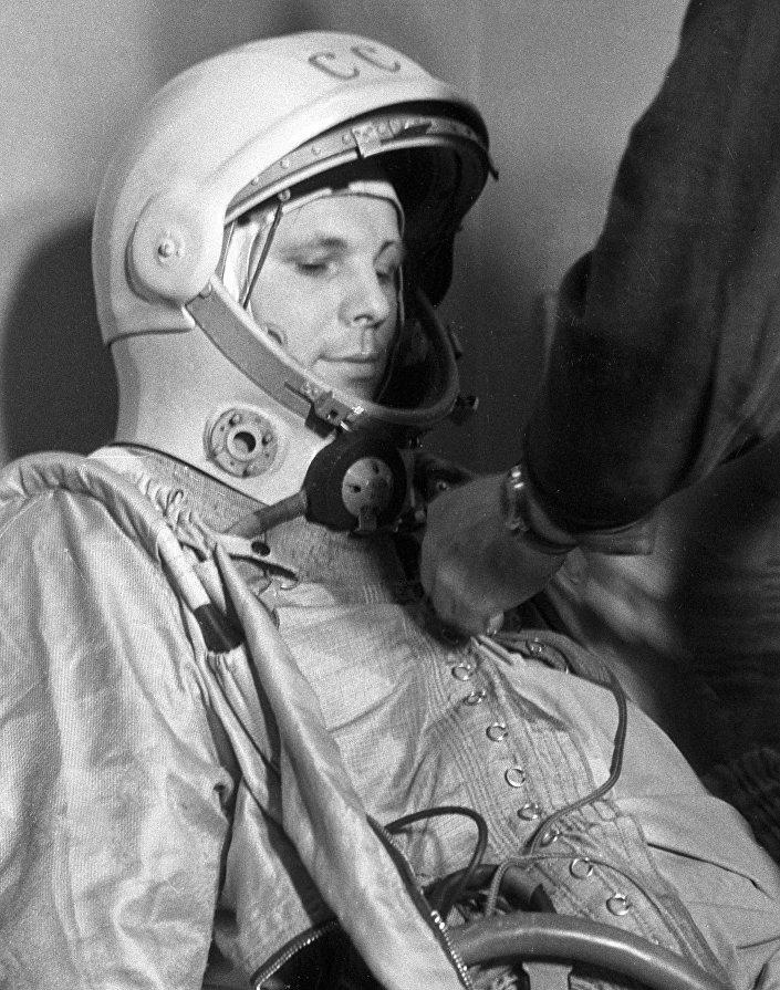Gagarin prima del volo, 12 aprile 1961