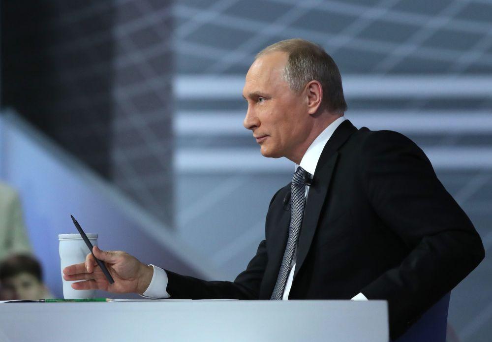 Linea diretta con Vladimir Putin.