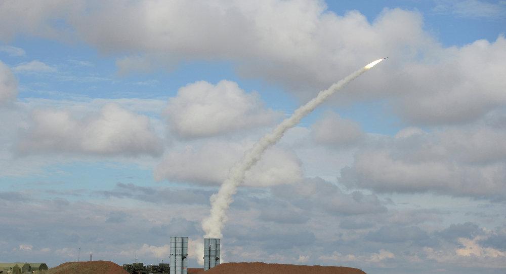 Lancio di un missile nel poligono di Ashuluk, ad Astrakhan