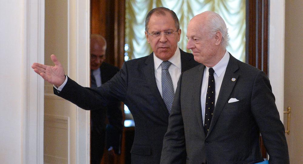 Sergey Lavrov e Staffan de Mistura a Mosca (Siria)