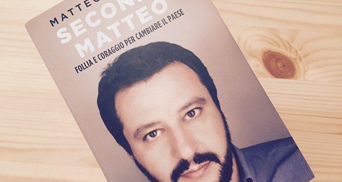 Copertina del libro di Matteo Salvini