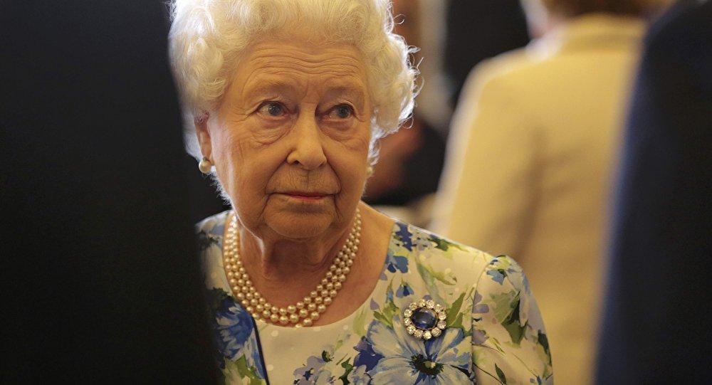 La regina della Gran Bretagna Elisabetta II