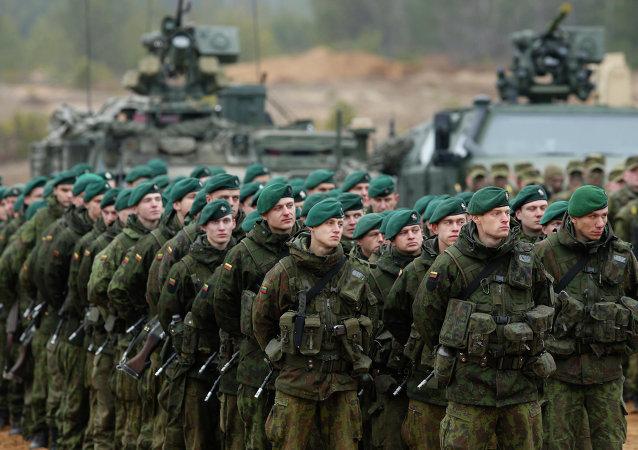 Soldati lettoni