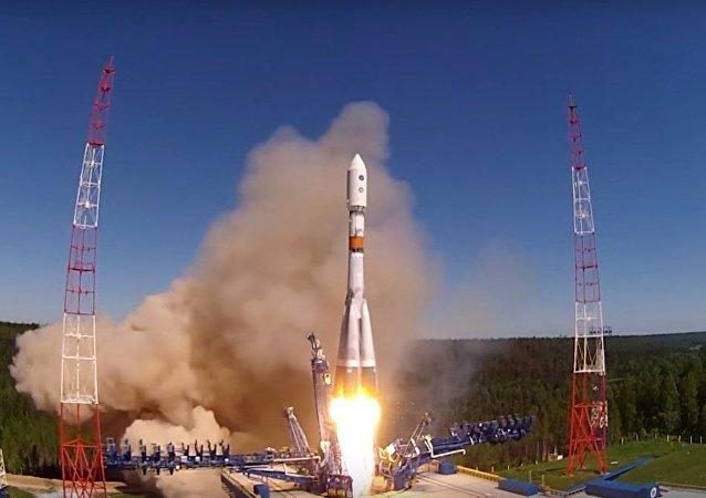 Lancio del Soyuz-2.1b con Glonass-M dal cosmodromo di Plesetsk