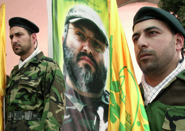 Combattenti di Hezbollah (foto d'archivio)