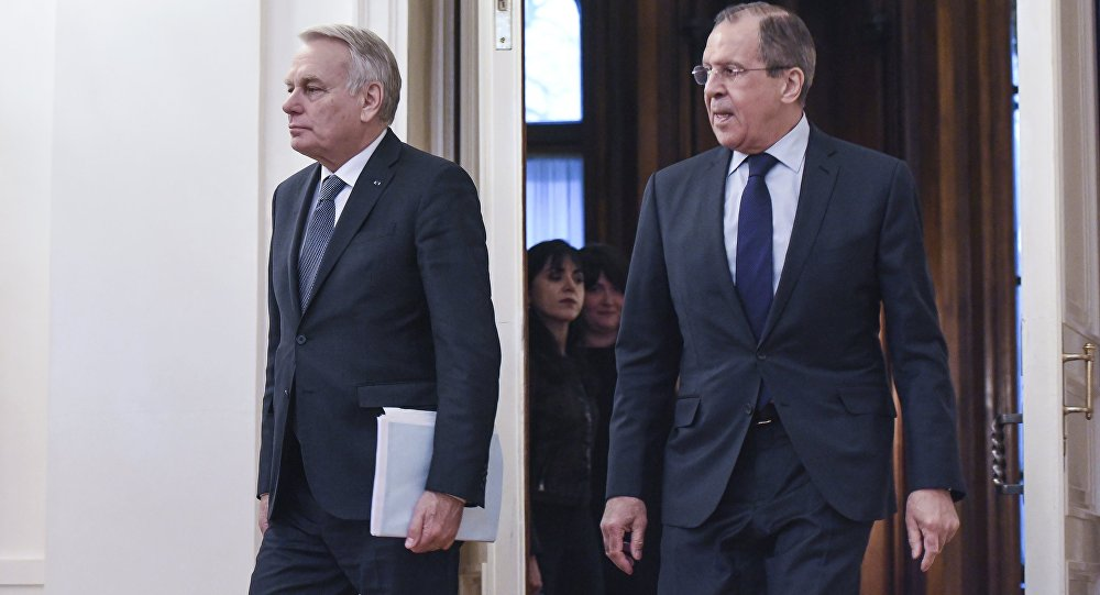 Sergei Lavrov a Jean-Marc Ayrault