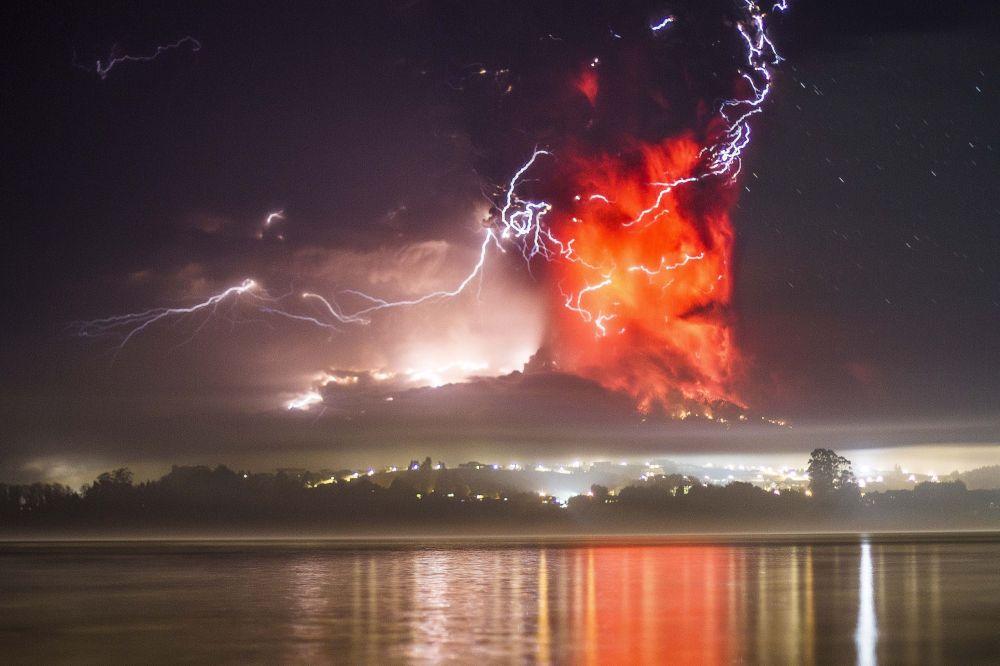 Eruzione del vulcano Calbuco in Cile