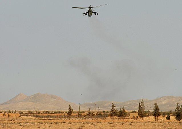 Elicottero Mi-24 nei pressi di Palmira