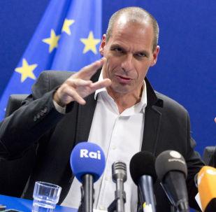Yanis Varoufakis stia giocando d'azzardo è evidente a tutti.