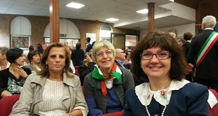 Floriana Rizzetto (al centro)
