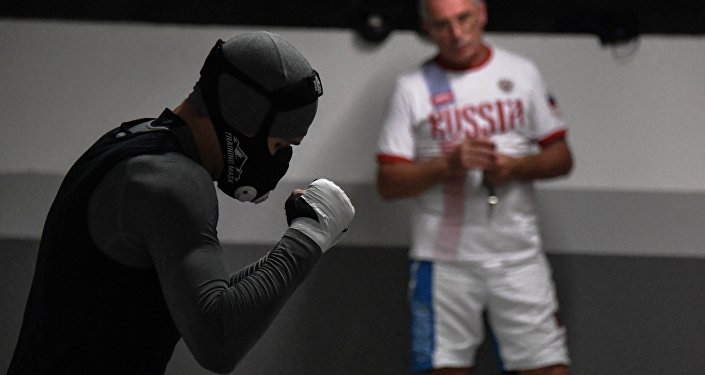 Il pugile russo Vitaly Dunayzev