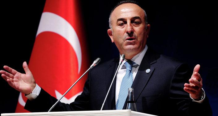 Ministro degli Esteri turco Mevlut Cavusoglu