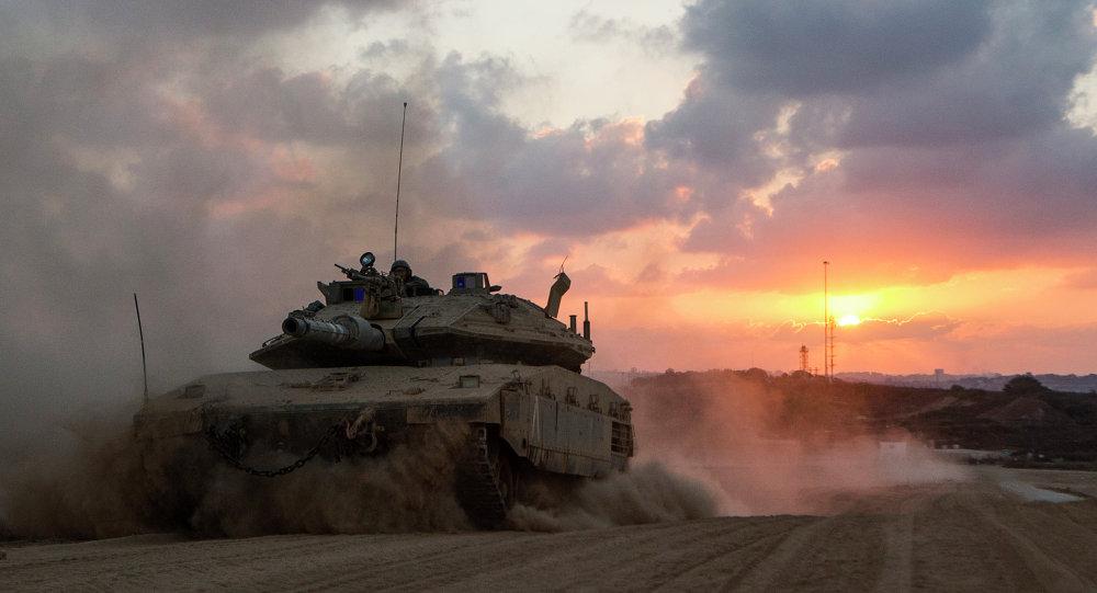 Tank israeliano nei pressi della Striscia di Gaza