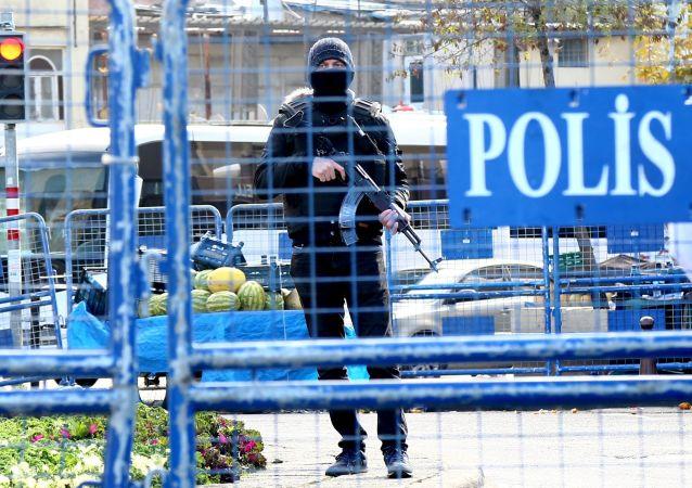 Poliziotto turco