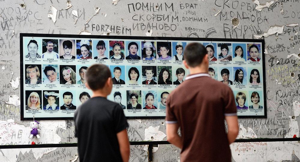 Commemorazione delle vittime della strage a Beslan