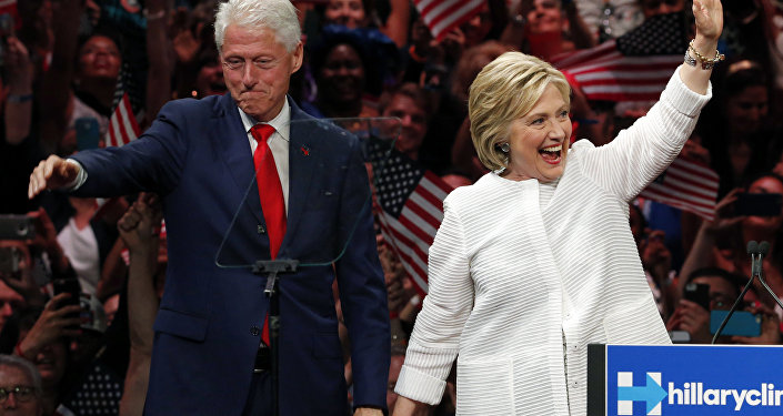 Bill Clinton ed Hillary Clinton alla Convention dei Democratici