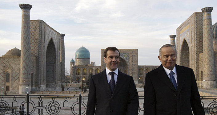 Karimov e Medvedev nel 2009 a Samarcanda