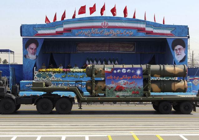 S-300 in parata militare del 21 settembre in Iran