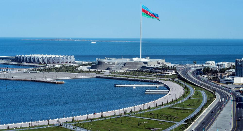 Bandiera dell'Azerbaigian a Baku