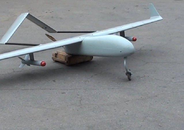 Un drone militare