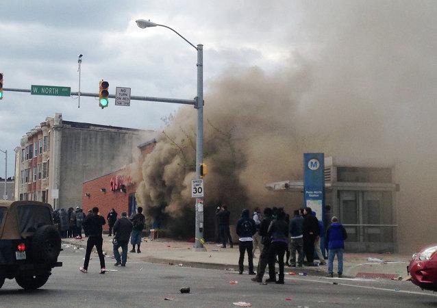 Disordini a Baltimora, 27 aprile 2015