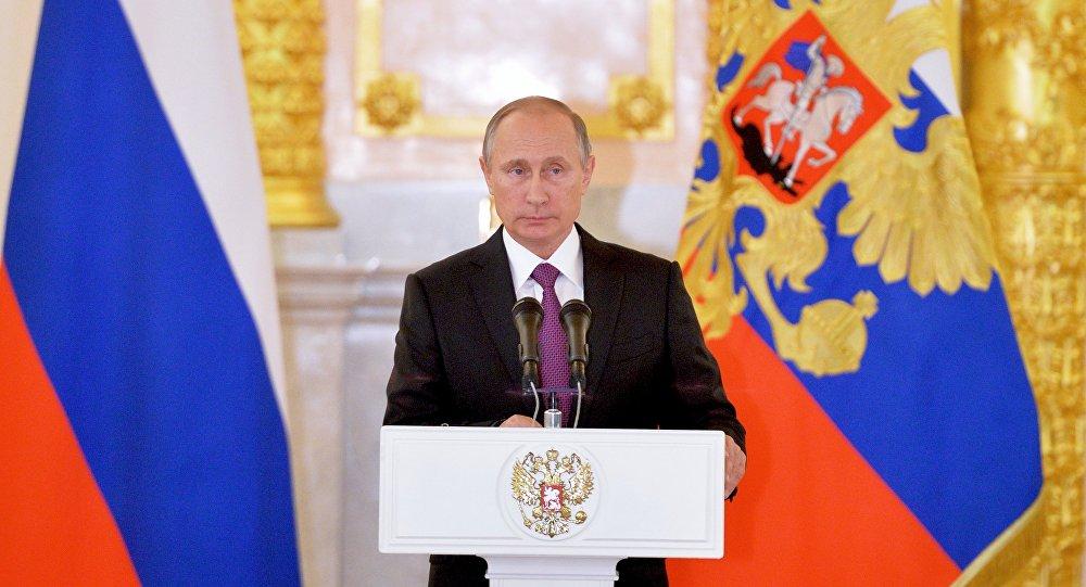 Trump presidente, Putin: pronti a ripristinare i rapporti con gli Usa
