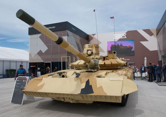 Tank T-72 prodotto dalla società Uralvagonzavod