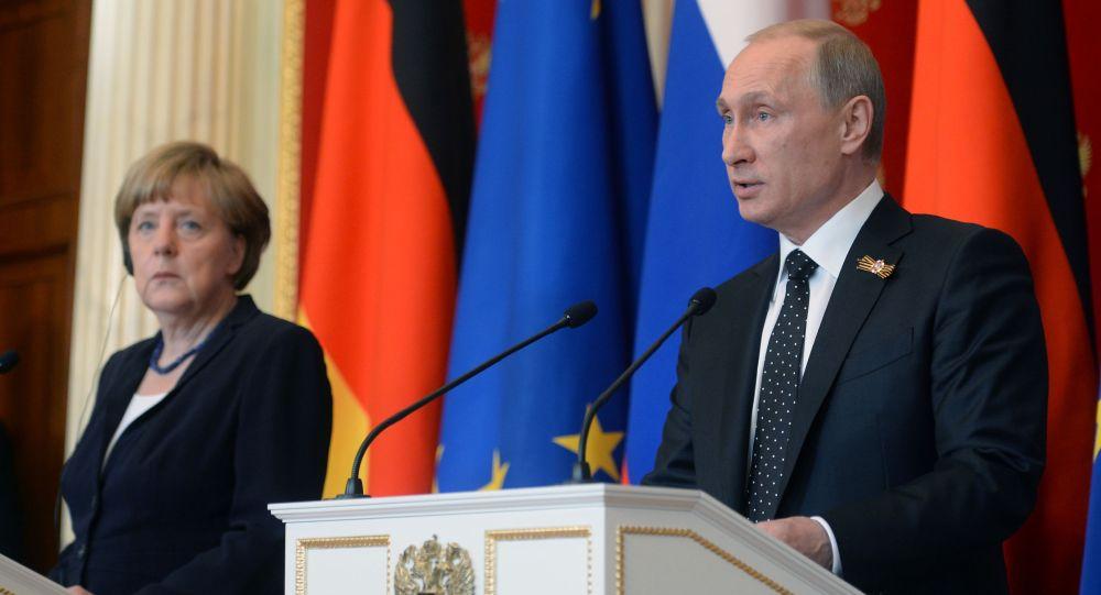 Conferenza stampa di Putin e Merkel