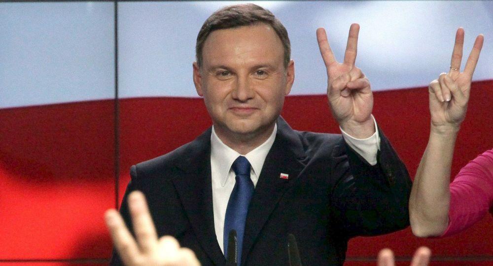 Polonia, neo presidente Andrzej Duda