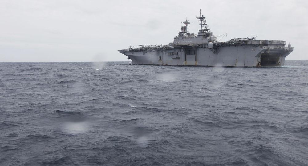Nave da sbarco universale Wasp della Marina USA