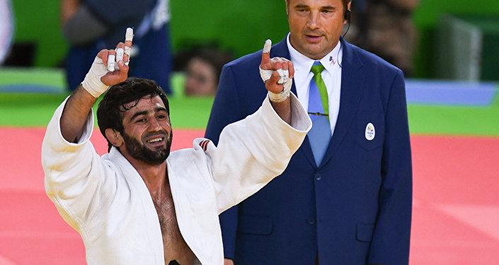 Il lottatore russo Beslan Mudranov alle Olimpiadi di Rio