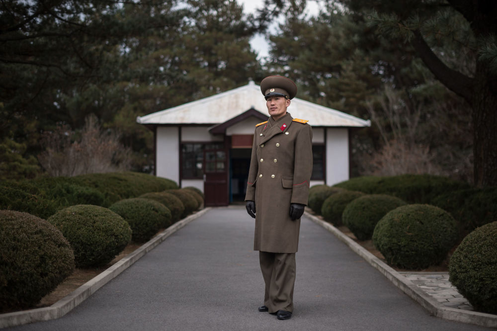 Una giornata a Pyongyang nei volti di dieci semplici cittadini