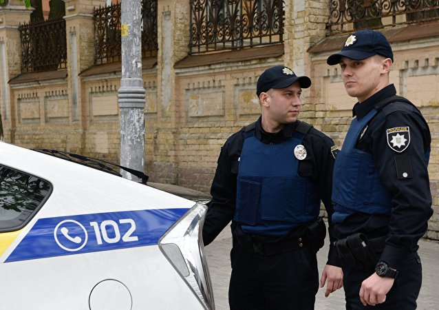 Poliziotti ucraini a Kiev