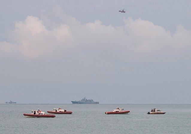 Operazione di recupero dei corpi e rottami del Tu-154 nel Mar Nero