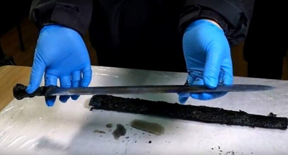 Antica spada scoperta in Cina