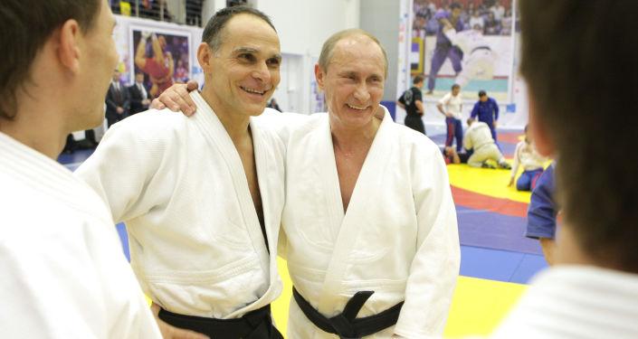 Ezio Gamba e Vladimir Putin
