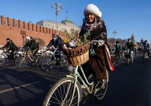 Biciclettata d'inverno a Mosca