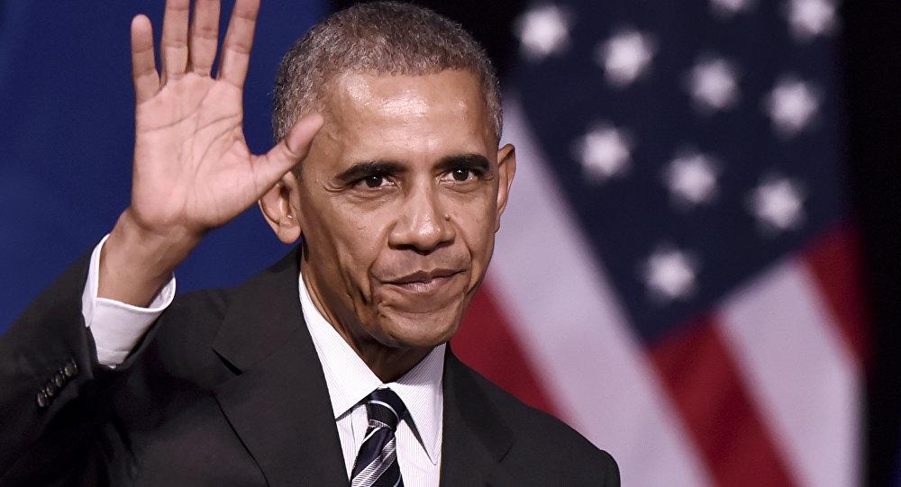 Obama saluta la Casa Bianca e ringrazia i giornalisti