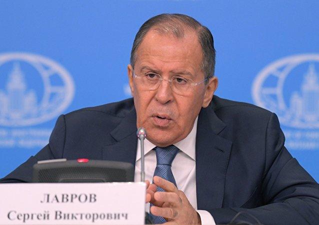 Conferenza stampa del ministro degli Esteri Sergey Lavrov