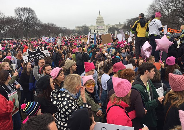 Dimostranti anti-Trump a Washington