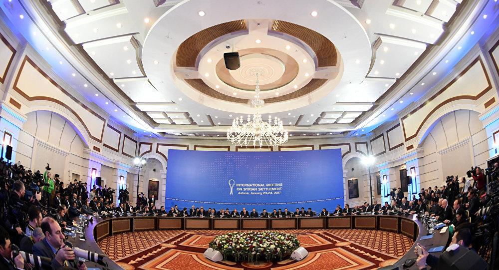 Colloqui di pace tra il governo siriano e l'opposizione siriana ad Astana, il 23 gennaio.