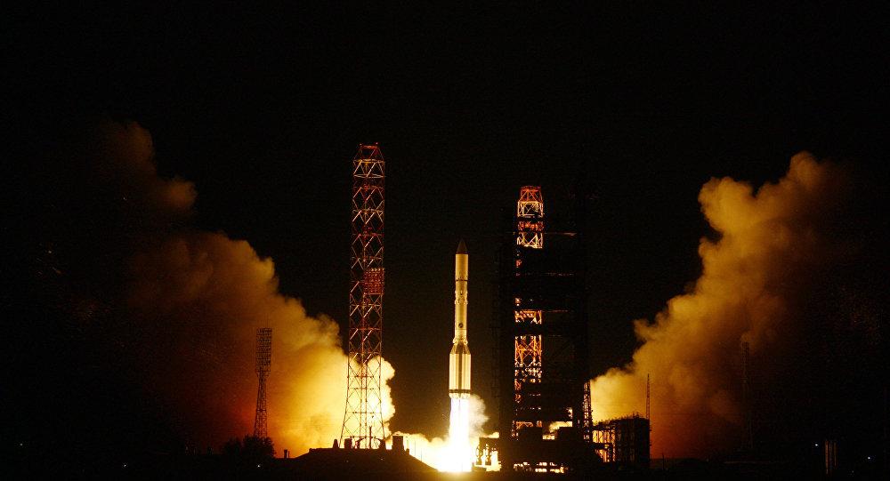 Il lancio del Proton-M