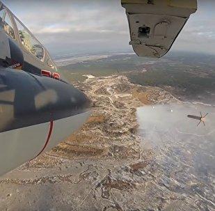 Un caccia SU-25 in azione a Lipetsk