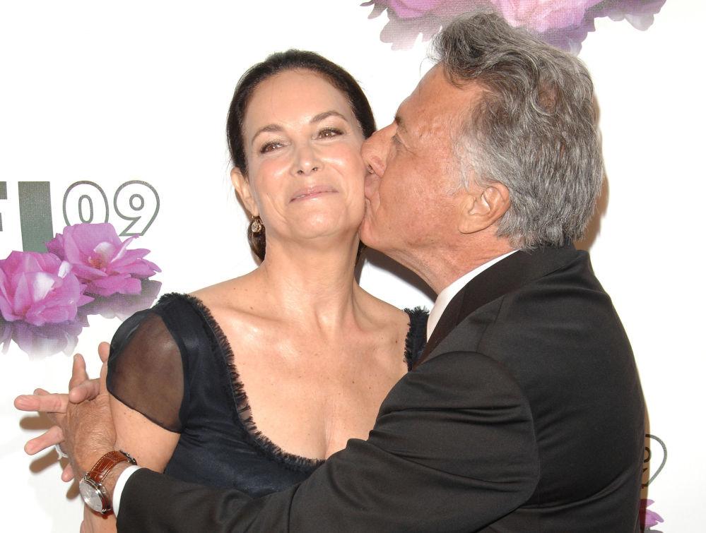 L'attore americano Dustin Hoffman e sua moglie Lisa.